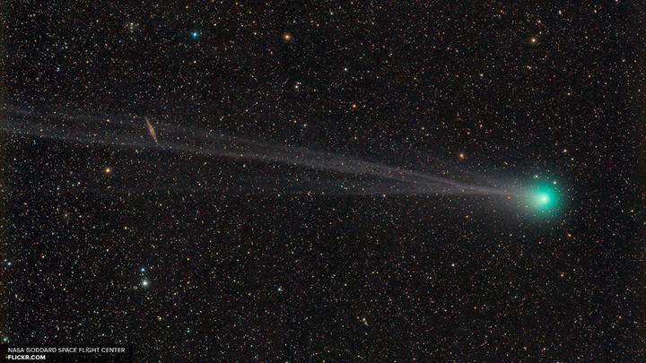 Астрономы разглядели в космосе самую древнюю пыль во Вселенной