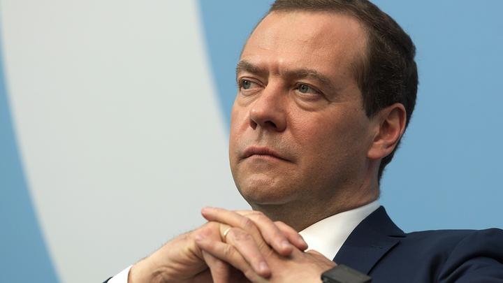 Медведев начал неуклюже или Так ли неизбежно повышение пенсионного возраста