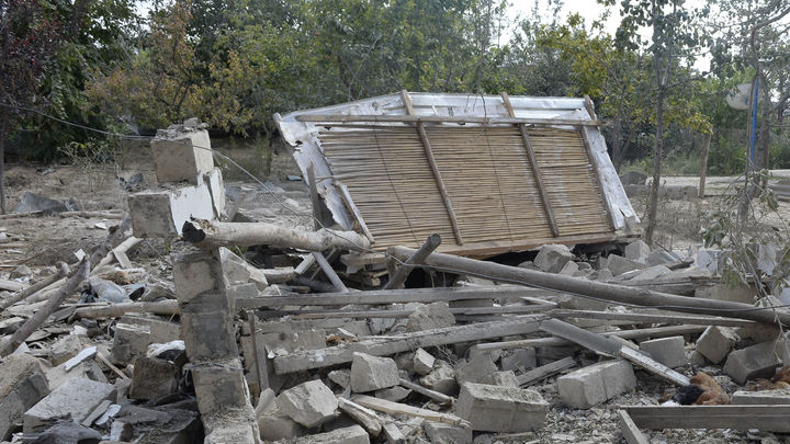 Удар Карабаха по аэродрому в Азербайджане привёл к жертвам. Баку рассказал о последствиях обстрела