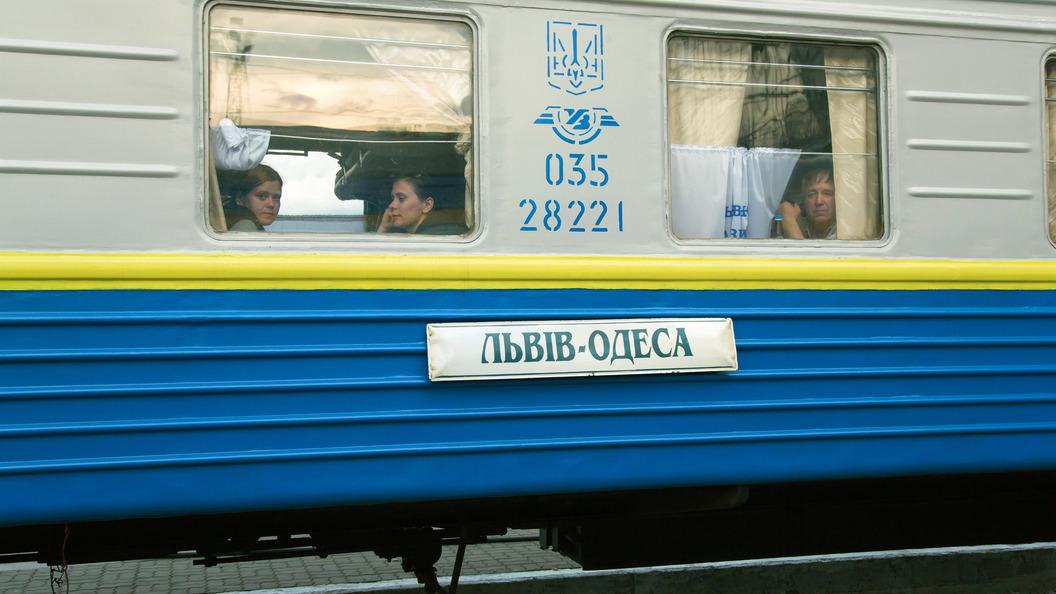 Рельсы плавятся: Врасписании поездов вгосударстве Украина ввели ограничения из-за жары