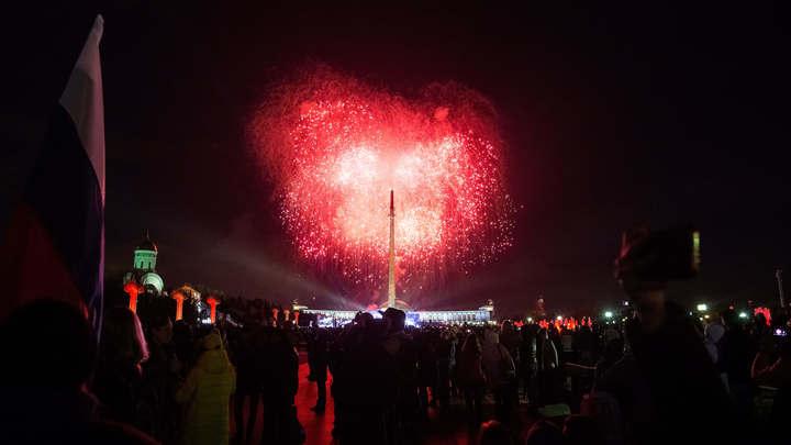 В московское небо в День Победы запустят более 10 тысяч салютов