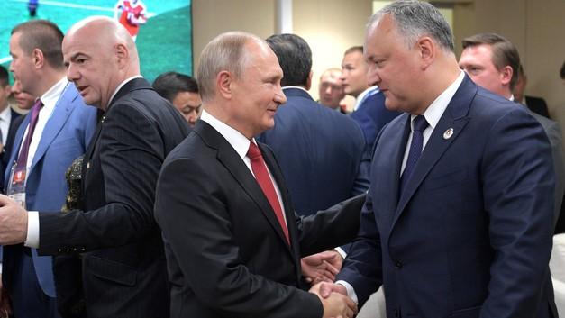 Додон приедет в Москву для необъявленной встречи с Путиным