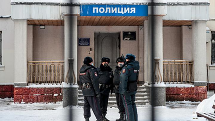 В Кургане полицейские задержали главу штаба Навального Алексея Шварца