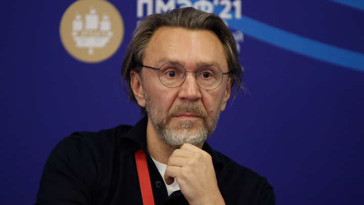 Петербурженка подала в суд на Шнурова из-за песни «В Питере – пить»