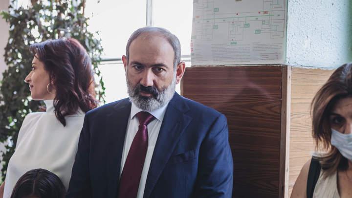 Армения на грани трагедии: Кровь неизбежна - эксперт