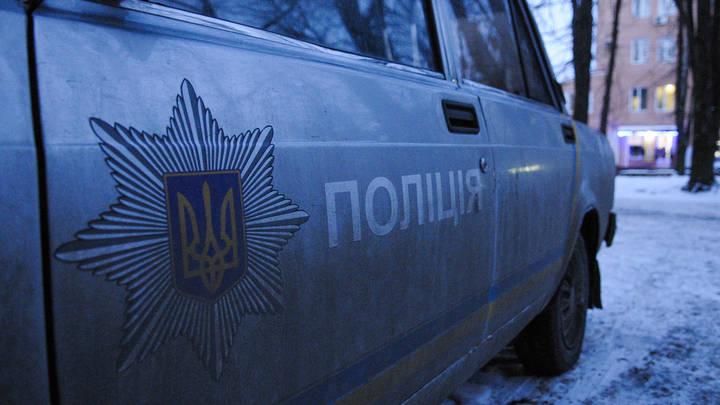 Стрелял прицельно в окно студии: На Украине мужчина с ружьем атаковал радиостанцию