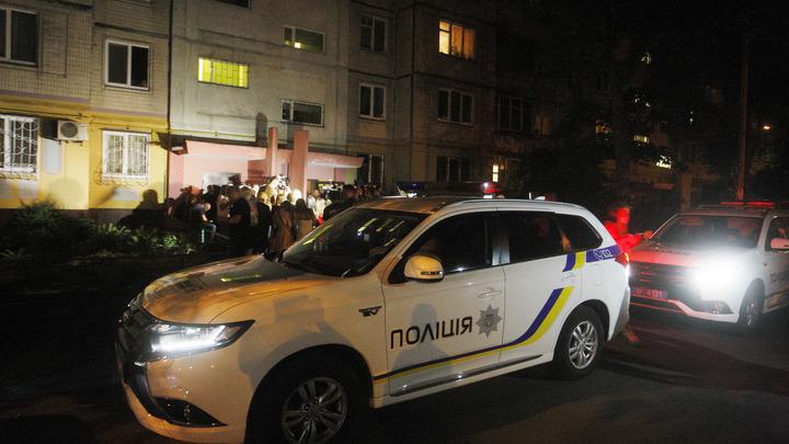 Людей срочно эвакуируют из киевского аэропорта из-за сообщения о минировании