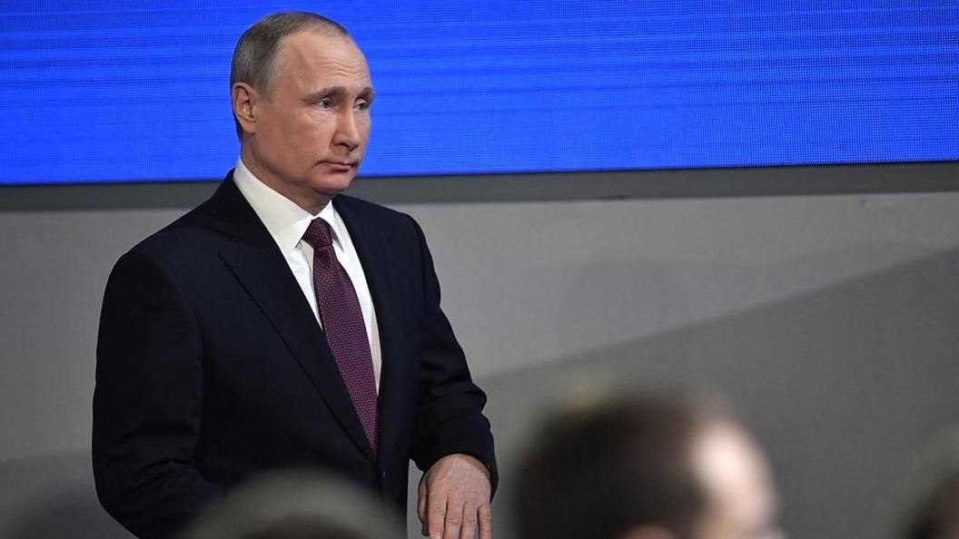 Путин: Киев выставляет себя жертвой агрессии, чтобы вышибить деньги с Запада