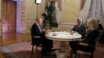 На сайте Кремля появилась расшифровка разговора Путина с журналисткой NBC
