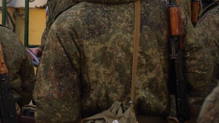 Вооружённый солдат-убийца сбежал и скрывается в Советском районе Воронежа. Будьте осторожны!