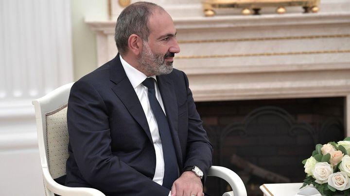 С перспективой на будущее: Пашинян покинул пост премьера Армении