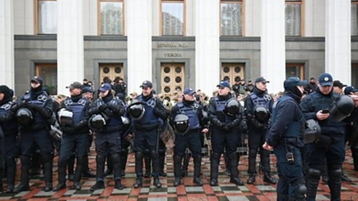 На Украине пообещали обойтись без провокаций на 8 и 9 мая