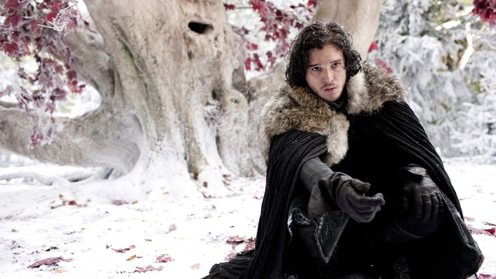 Кажется, мы знаем, кто займет Железный трон: Фанаты Игры престолов обнаружили спойлер в песне про Джона Сноу