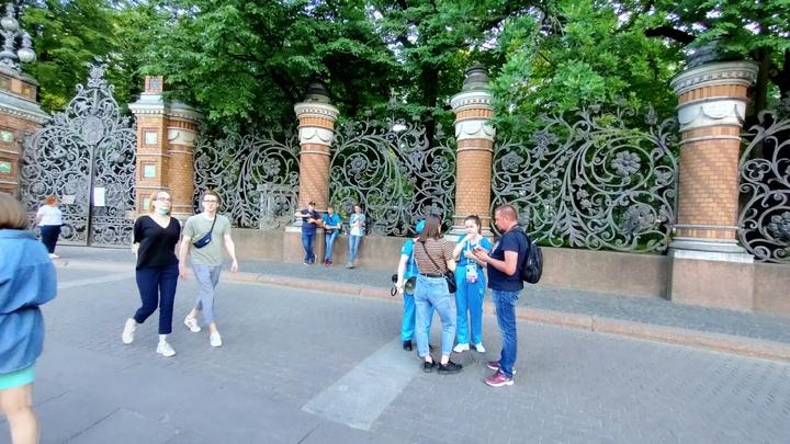 Коронавирус в Санкт-Петербурге на 13 июня: рейды по ТРК и дополнительная вакцина
