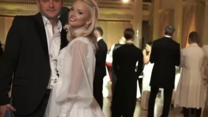 В Санкт-Петербурге ждут новую вспышку: в музее Фаберже прошла светская вечеринка «Белая сказка»