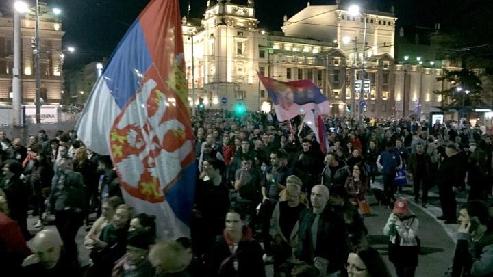 Сербия: В чём суть гражданского конфликта?