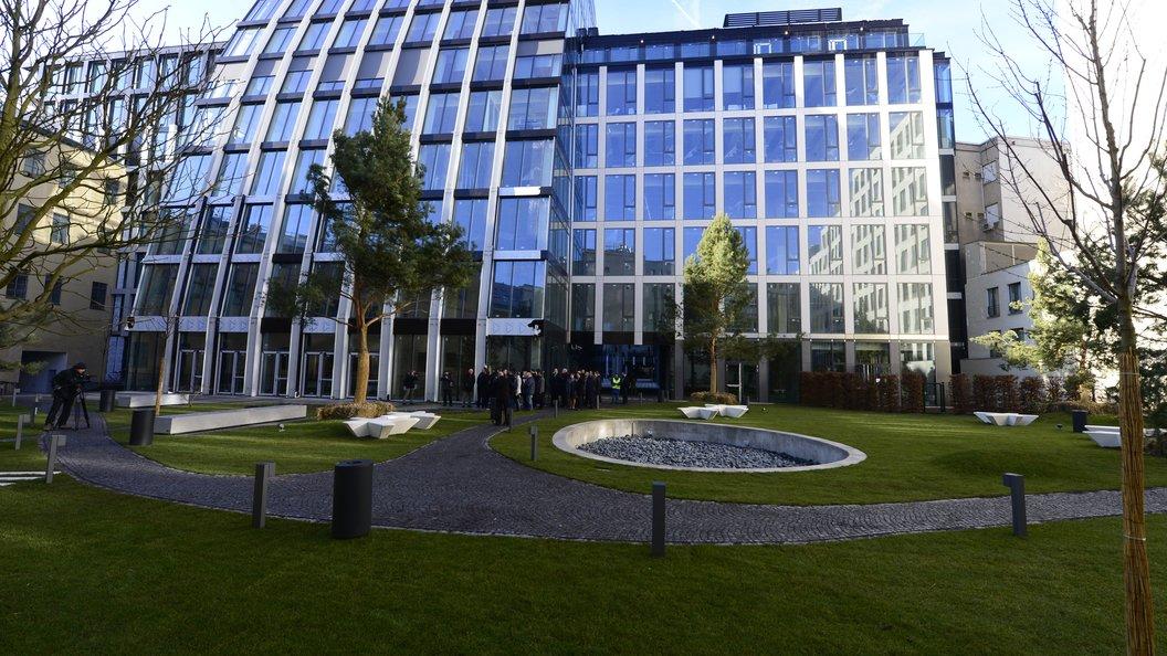 Китайская CEFC планирует реализовать активы на $3,2 млрд