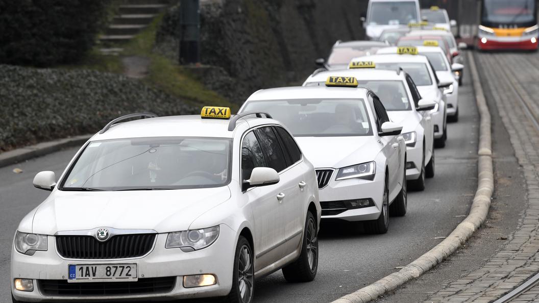 Сони начала разработку собственной системы оперативного вызова такси