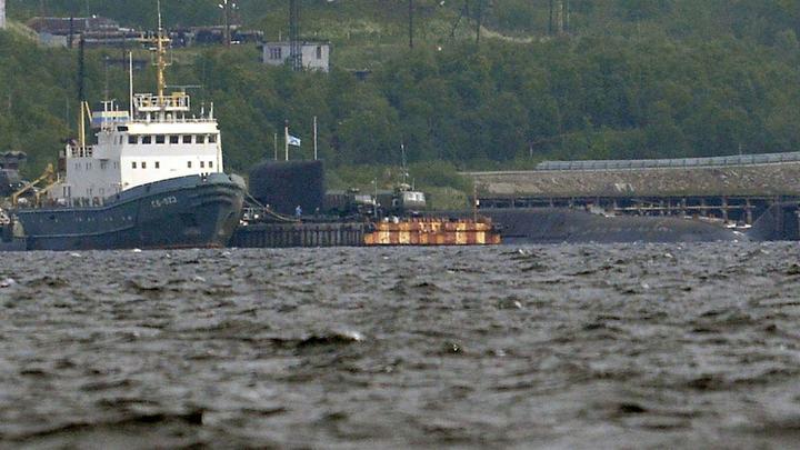 Опубликованы фотографии АС-31 сразу после гибели 14 моряков: Трагедии ничто не выдает, рядом - маленький корабль