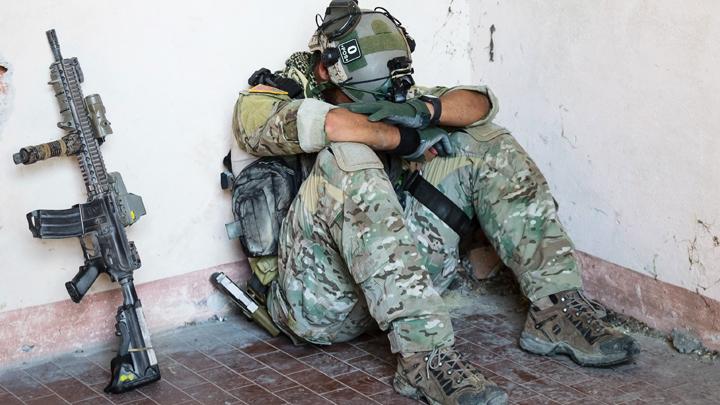 Суперсолдаты НАТО плакали при звуке ракет и просились к... психологу