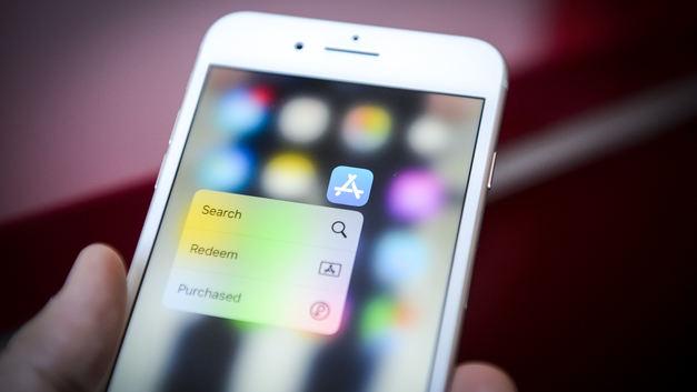 У покупателей появилась лишняя причина не брать iPhone X