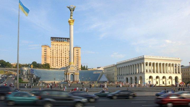Не позволим героизировать пособников Третьего рейха: Переименование проспектов в Киеве обернулось судом