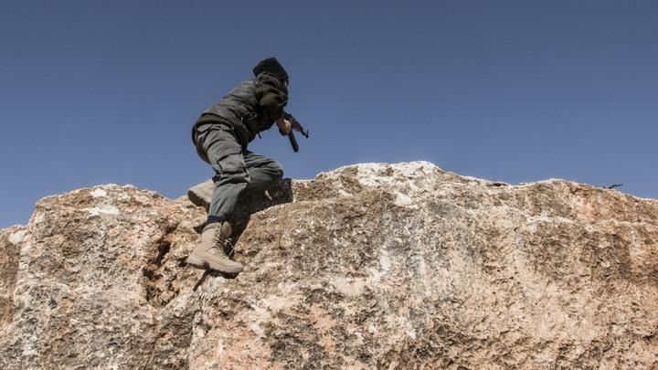 Живой щит из 700 человек: Террористы ИГИЛ должны быть уничтожены полностью