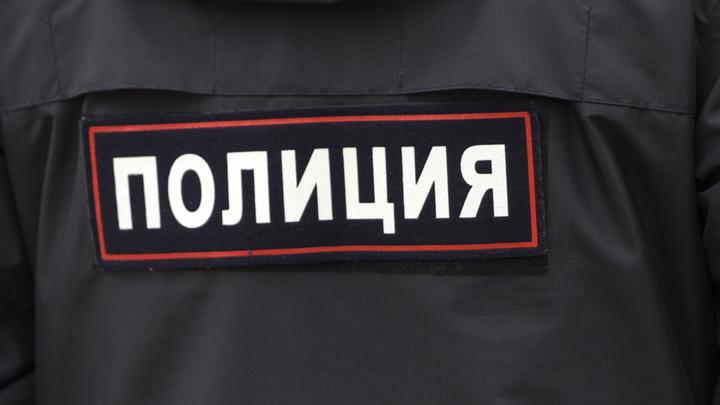 Машина полиции, в погоне за нарушителем, попала в крупное ДТП в центре Москвы