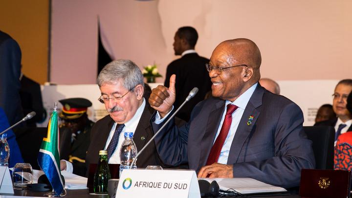 Президент ЮАР подал в отставку после обвинений в коррупции