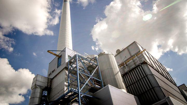 Мусоросжигательный завод в Подмосковье в 30 раз опаснее швейцарского – эксперт