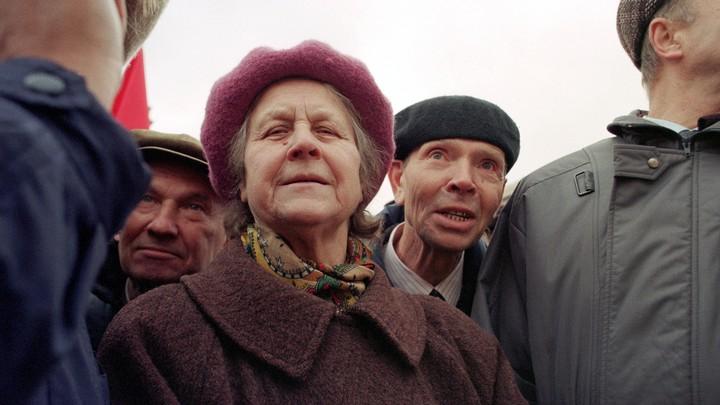 Средний размер социальных пенсий в России вырос на 2%