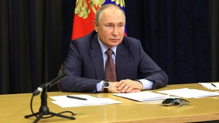 Президент Путин наложил вето на закон о фейках