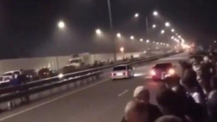 Под Краснодаром стритрейсеры устроили массовую гонку