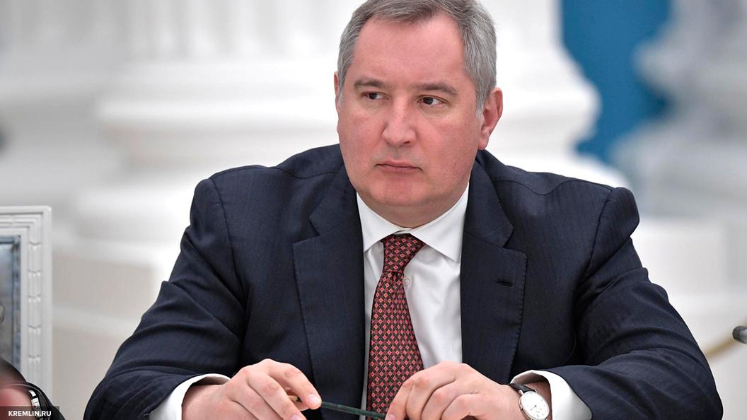 Рогозин: Конкурент Боингу и Аэробусу российский самолет МС-21 вскоре совершит свой первый полет