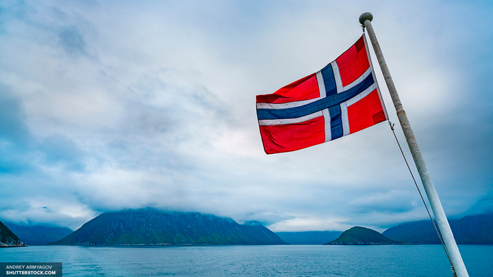 Наследный принц преподнес монаршей чете Норвегии необычный подарок