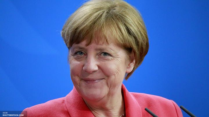 Меркель: Будем очень тесно работать с Макроном