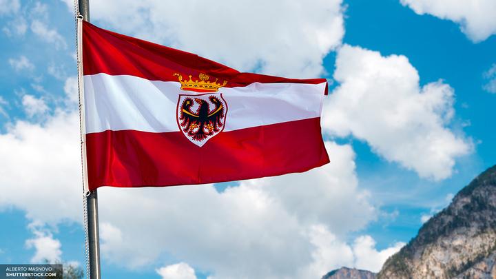 В Австрии оползень заблокировал в ущелье 17 туристов
