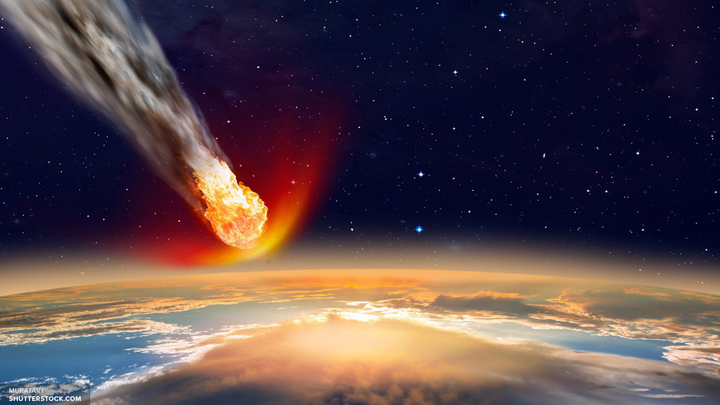 Лунный аппарат NASA столкнулся с метеоритом