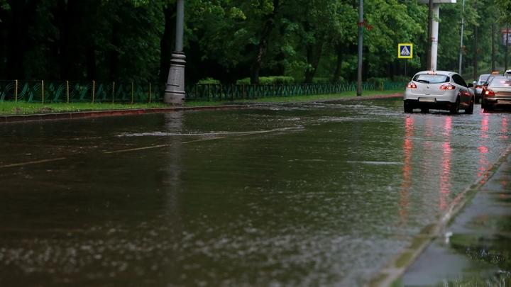 В отдаленных районах град: На Владимирскую область идет непогода