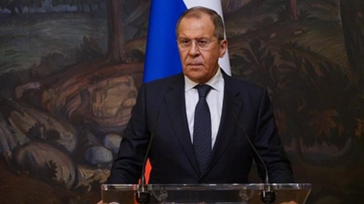 Страны лихорадит, но Россия готова нести мир: Лавров предложил поделиться рецептом русской гармонии