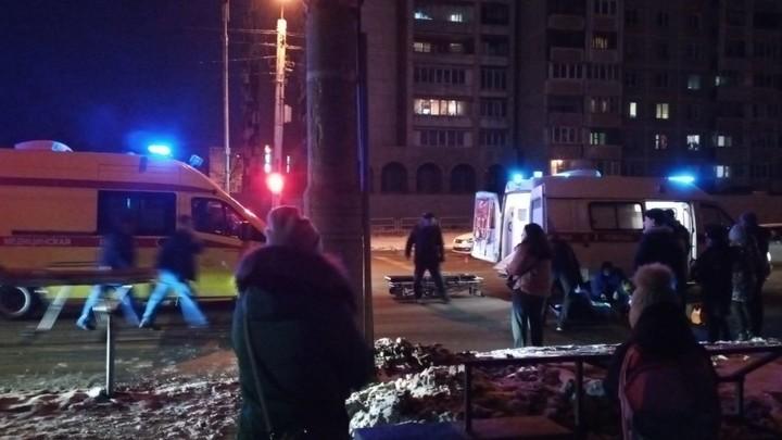 В Челябинске маршрутное такси сбило школьницу на пешеходном переходе