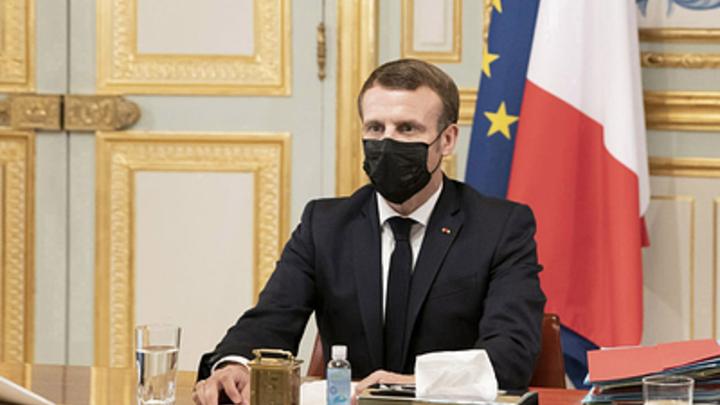 Макрон пытается обнулить успехи России в Нагорном Карабахе - эксперт