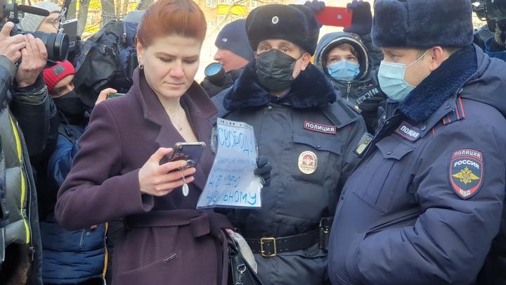 Помните, пожалуйста, одну вещь: Волонтёр Донбасса дал совет рвущимся спасать Навального