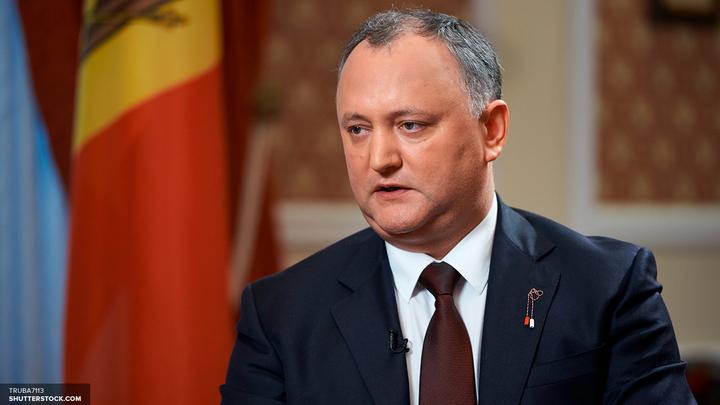 Додон прокомментировал выдворение из России пятерых молдавских дипломатов