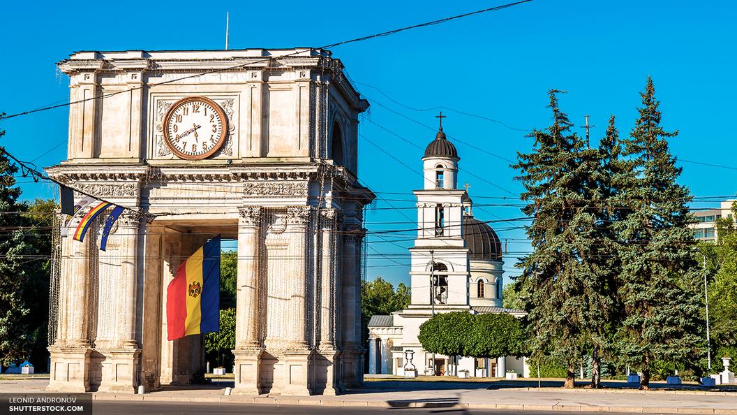 Парламенту Молдавии дали 14 дней на ответ МИД за скандал с Россией