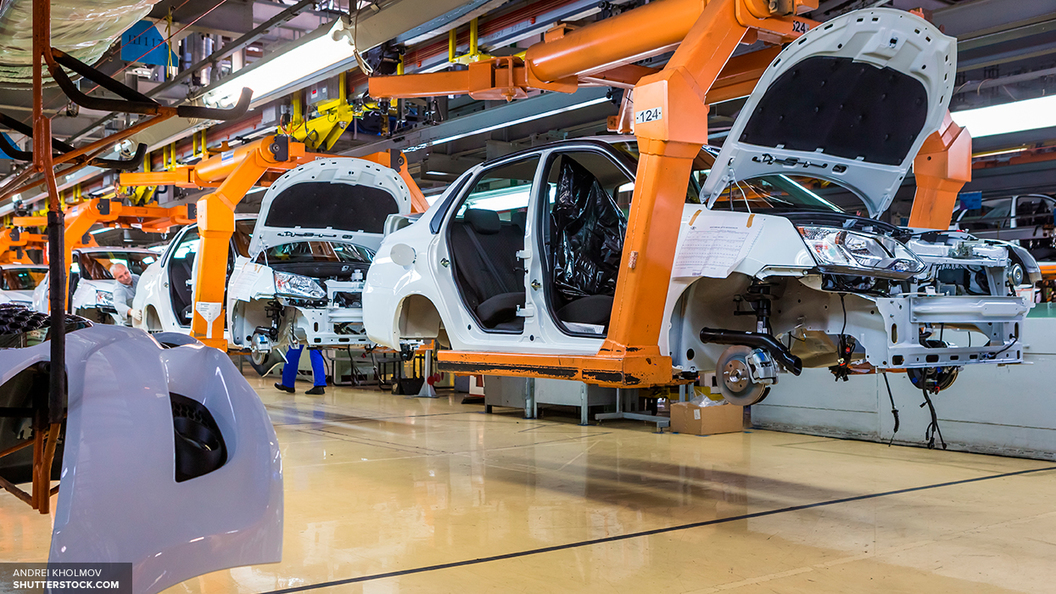 В России продажи новых автомобилей выросли на 15%