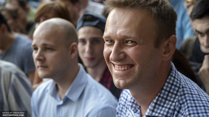 Роскомнадзор подозревает активистов Навального в причастности к ложным блокировкам сайтов