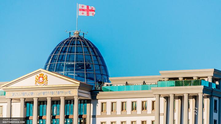 Бурджанадзе предрекла в Грузии новую революцию