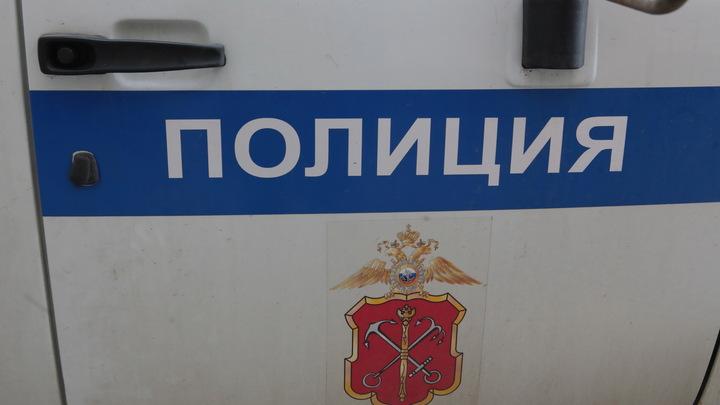 Пострадал на службе: Иркутский полицейский сломал ногу, избивая задержанного - СМИ