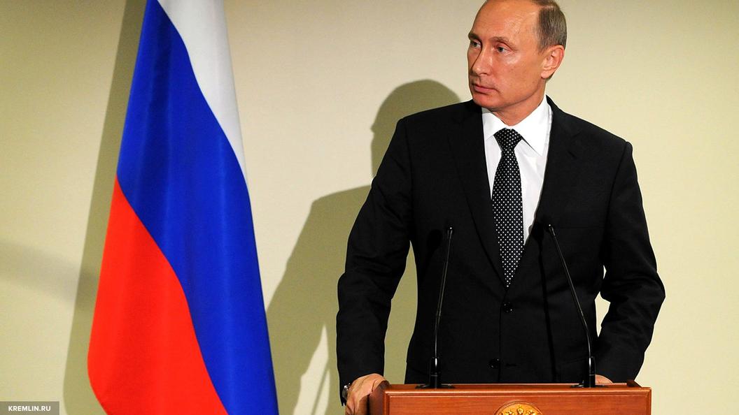 Путин: Производительность труда в нашей стране должна увеличиваться на 5-6 процентов ежегодно
